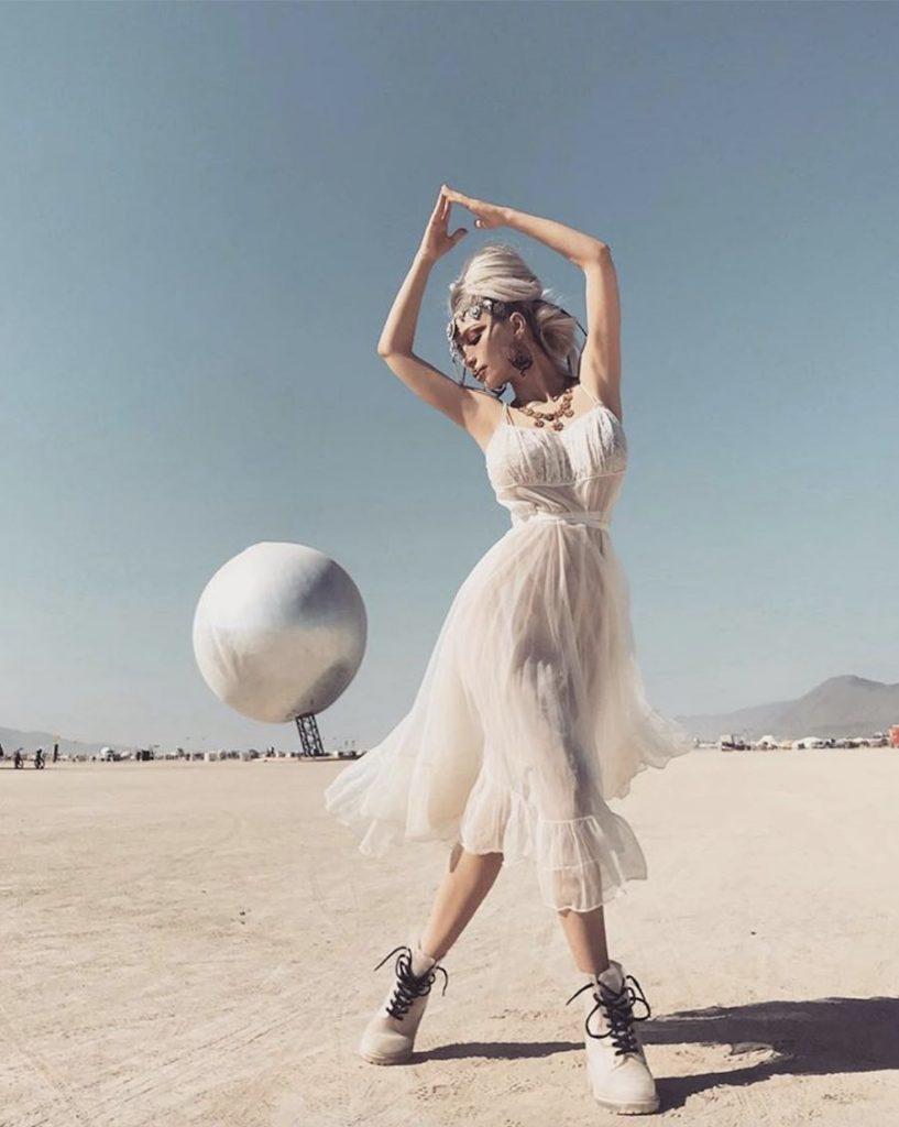 Burning Man 2018 - Photo via IG - Follow @xhoana_x.