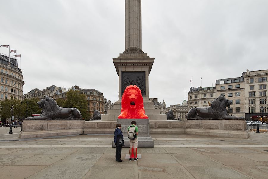LDF 2018 - Please Feed the Lions installation by Es Devlin - Photo by Ed Reeve.