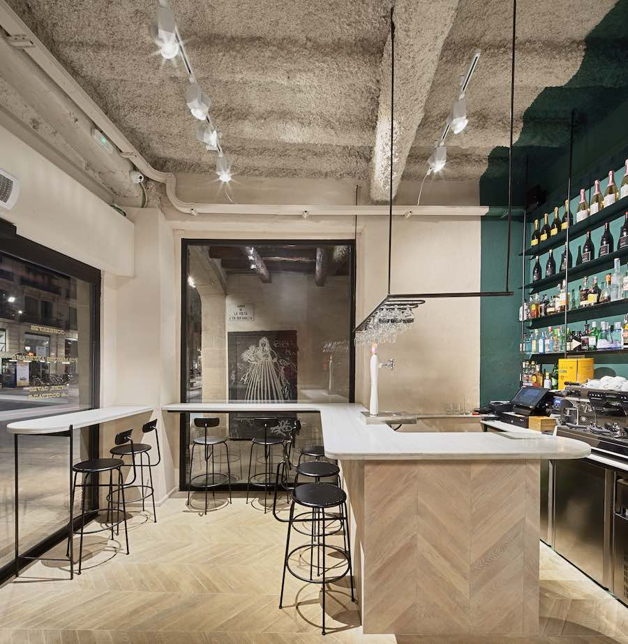 Orvay wine bar by Isern Serra and Syvain Carlet - Photo by Jose Hevia. Courtesy of the designers.