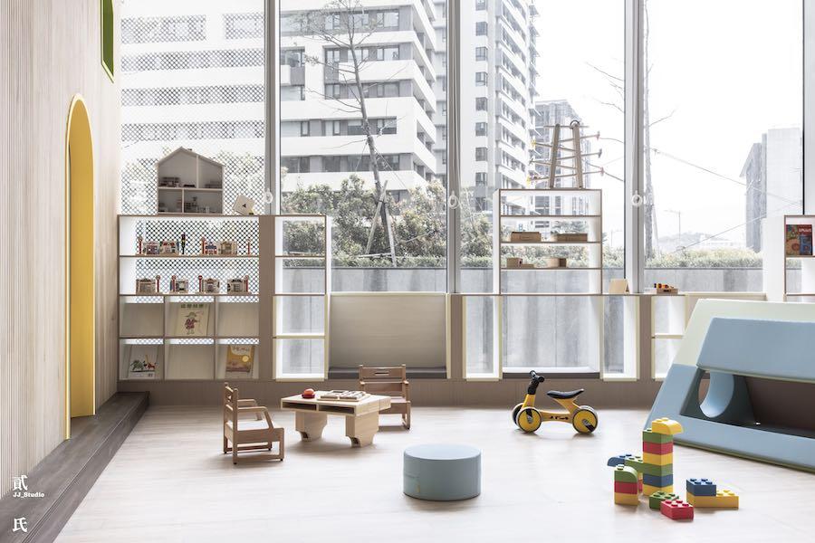 Taiwan Montessori desaturated kindergarten - Photo by JJ Studio.