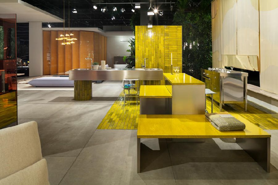 DAS HAUS. LIVING BY MOODS: Interiors on Stage BY Studio Truly Truly. courtesy of Imm Cologne.