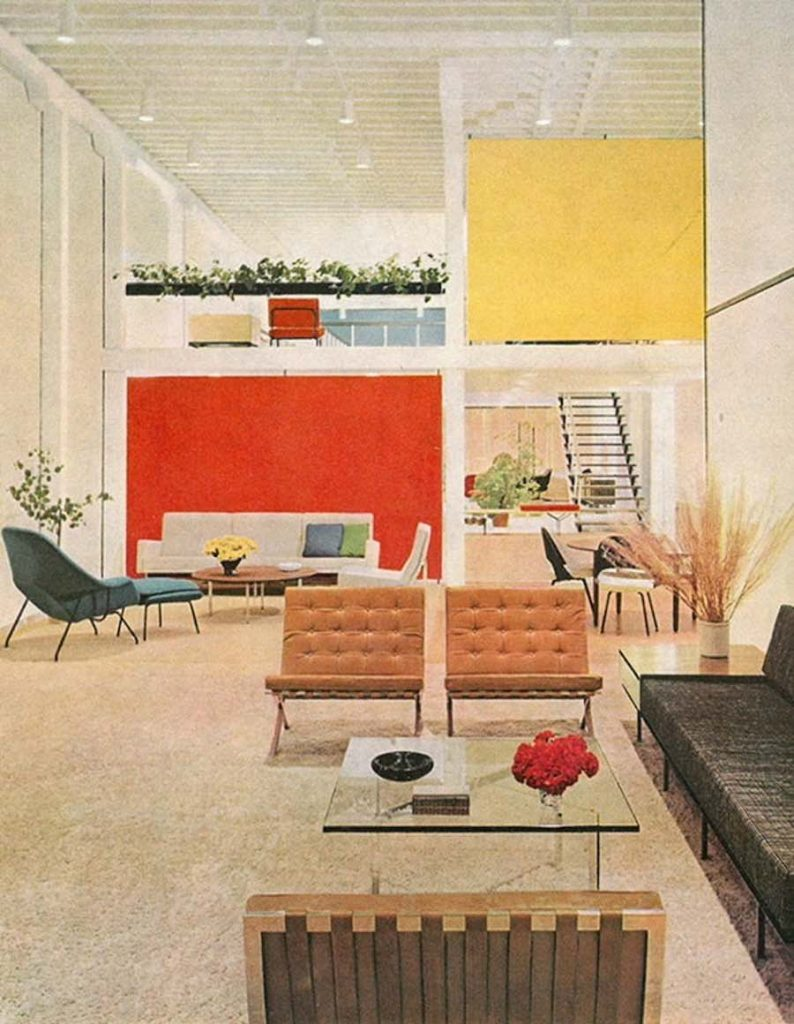 Knoll's San Francisco showroom in 1954, designed by Florence Knoll - Photo via Azuremagazine.com.