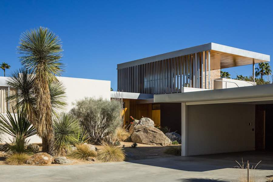 Kauffman Desert House I - Photo by Jake Holt.