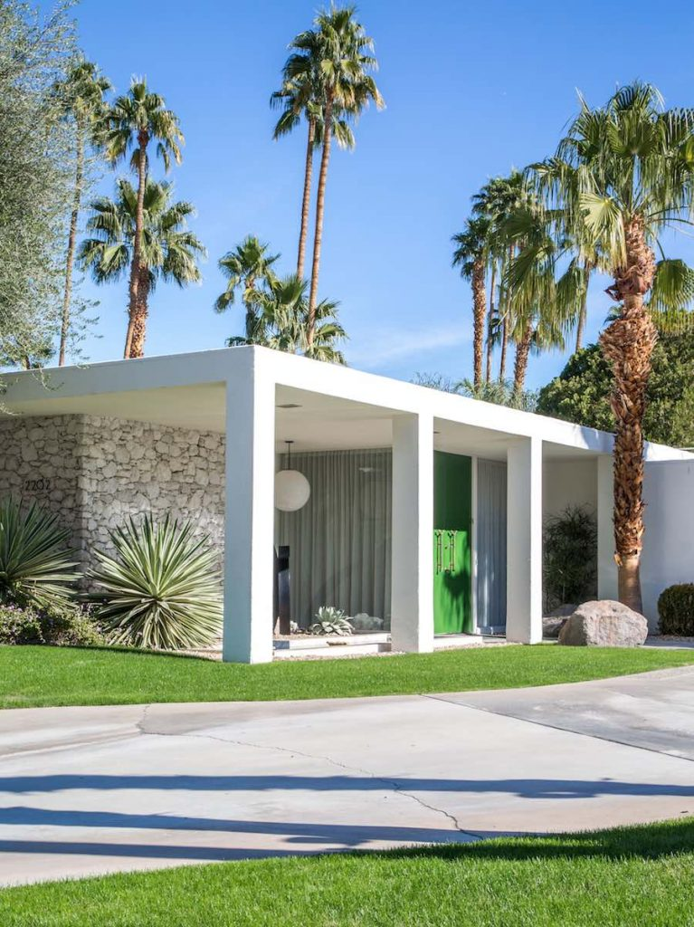 Palm Springs Door Tour by Green Door Vertical - Photo by Bethany Nauert.