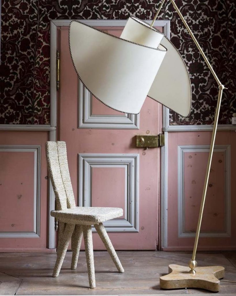 Suora lamp by Carlo Mollino and Casa del Sole by Alessandra Roveda. Galleria Paola Colombari @ St Moritz 2019 - Photo by Filippo Bambarghi.