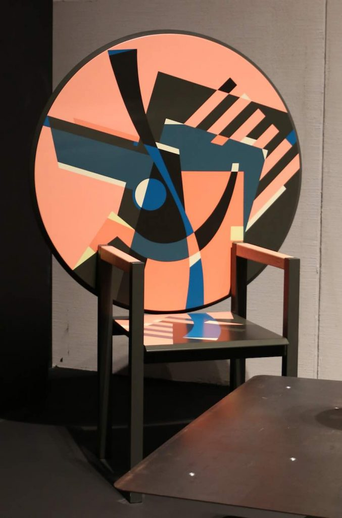 Zabro chair-table by Alessandro Mendini for Zanotta - Photo by Sailko, CC.