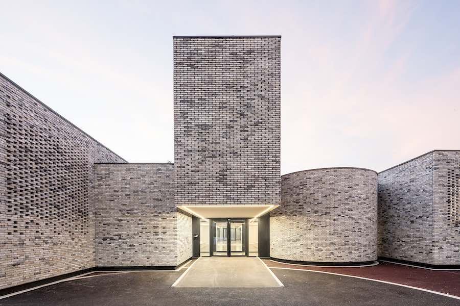 Élancourt Music School - Photo by © Luc Boegly. Courtesy of OPUS 5 Architectes.