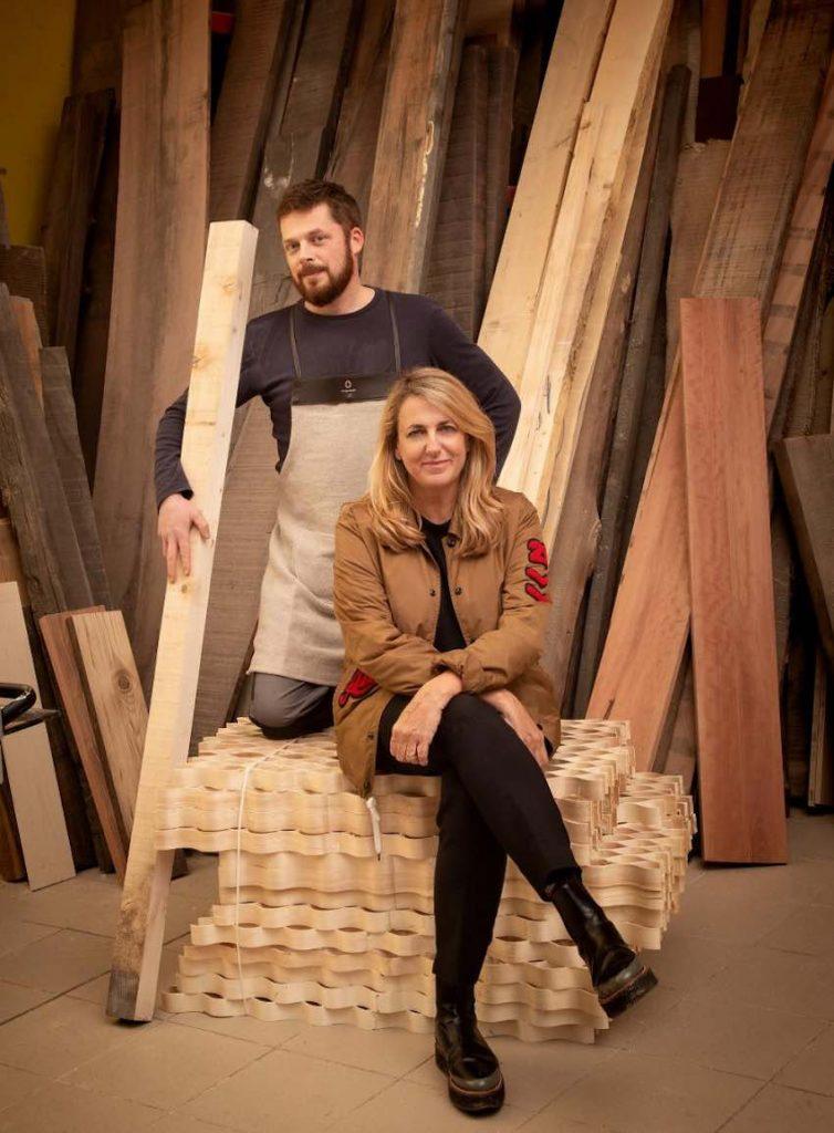 Patricia Urquiola and Bottega Ghianda's artisan © Laila Pozzo per Doppia Firma MFCC FCMA Living