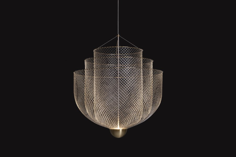 Moooi's 2019 Milanese exhibition Mesh-matics chandelier - Photo by Moooi