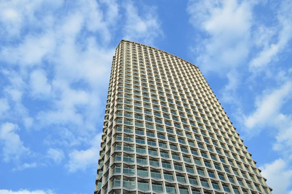 Centre Point by George Mash, 1966 - Photo by Matt Brown, CC BY-SA 2.0.