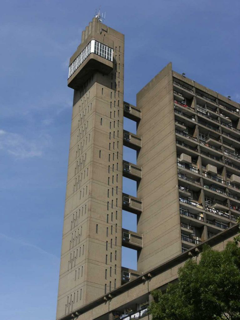 Trellick Tower by Erno Goldfinger, 1972 - Photo by Mark Ahsmann, CC BY-SA 3.0.