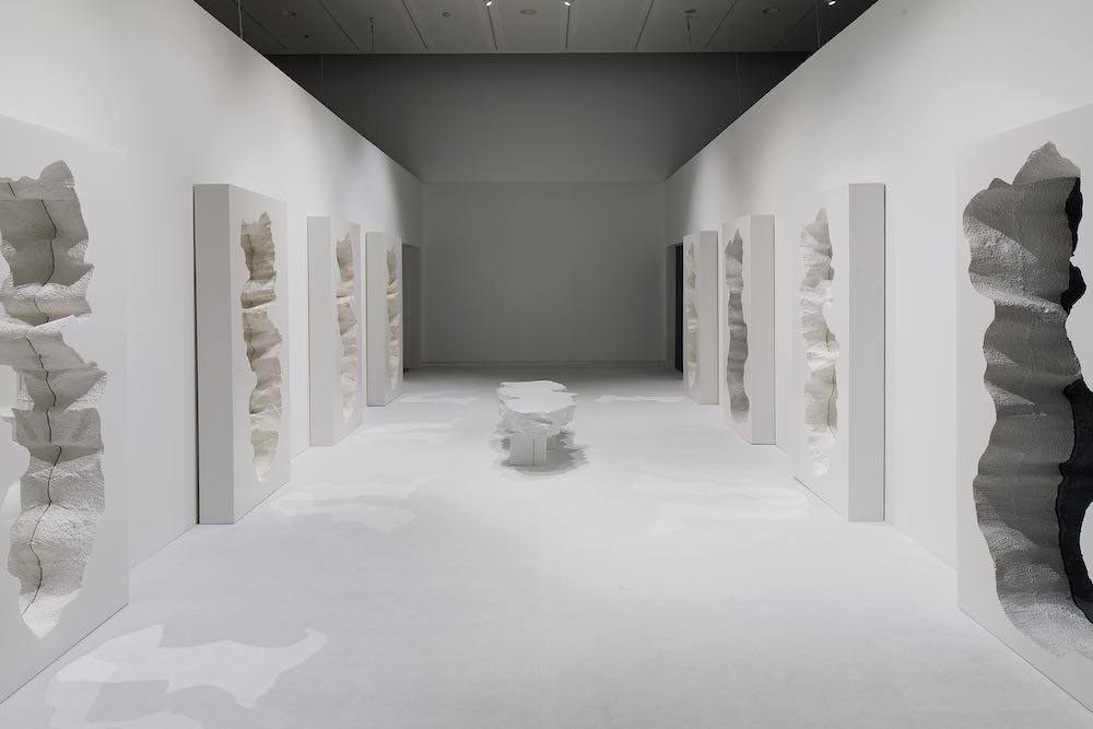 The Conversation show. Hall of Broken Mirrors, Snarkitecture in collab with Gufram. Image Credit - Elad Sarig.