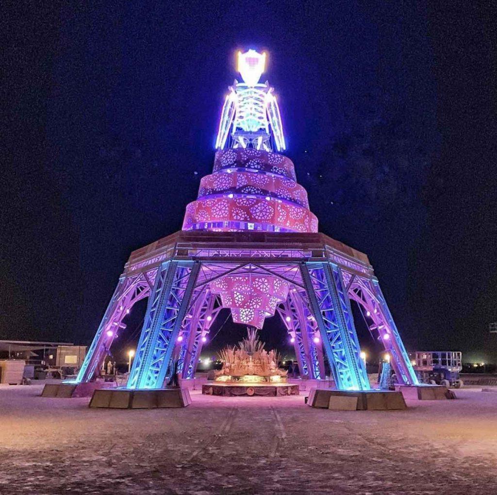 The Man @ Burning Man 2019 - Photo via IG by @hybycozo