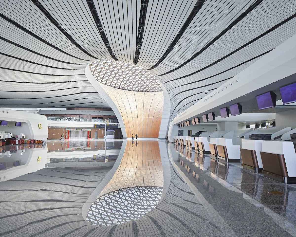 Beijing's giant starfish airport