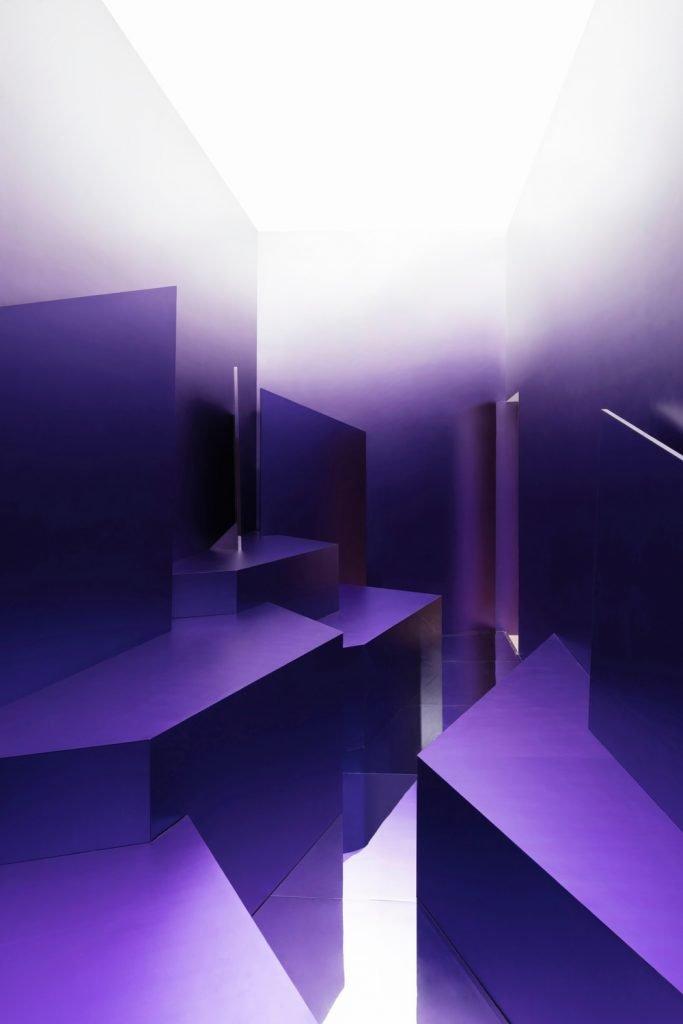 Purple Suprematist pavilion by Maxim Kashin Architects - Photo by Dmitri Chebanenko - Courtesy of Maxim Kashin Architects.