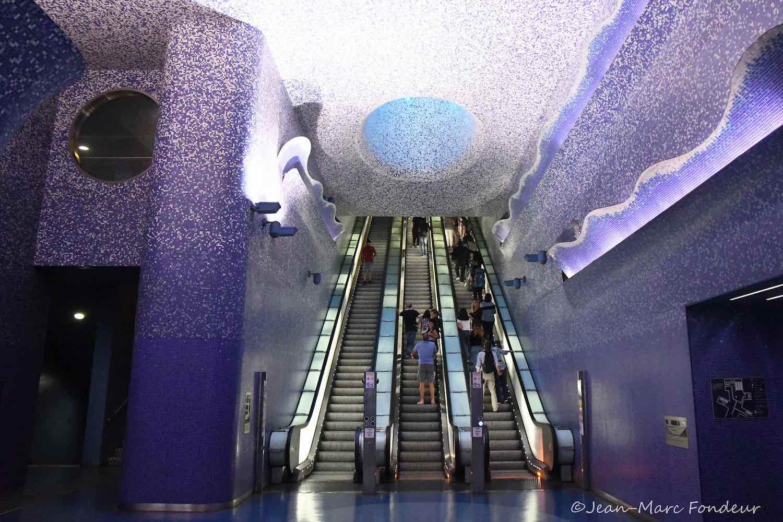 Naples TOLEDO metro station - Photo by Jean Marc Fondeur via CpaKmoi on Flickr.