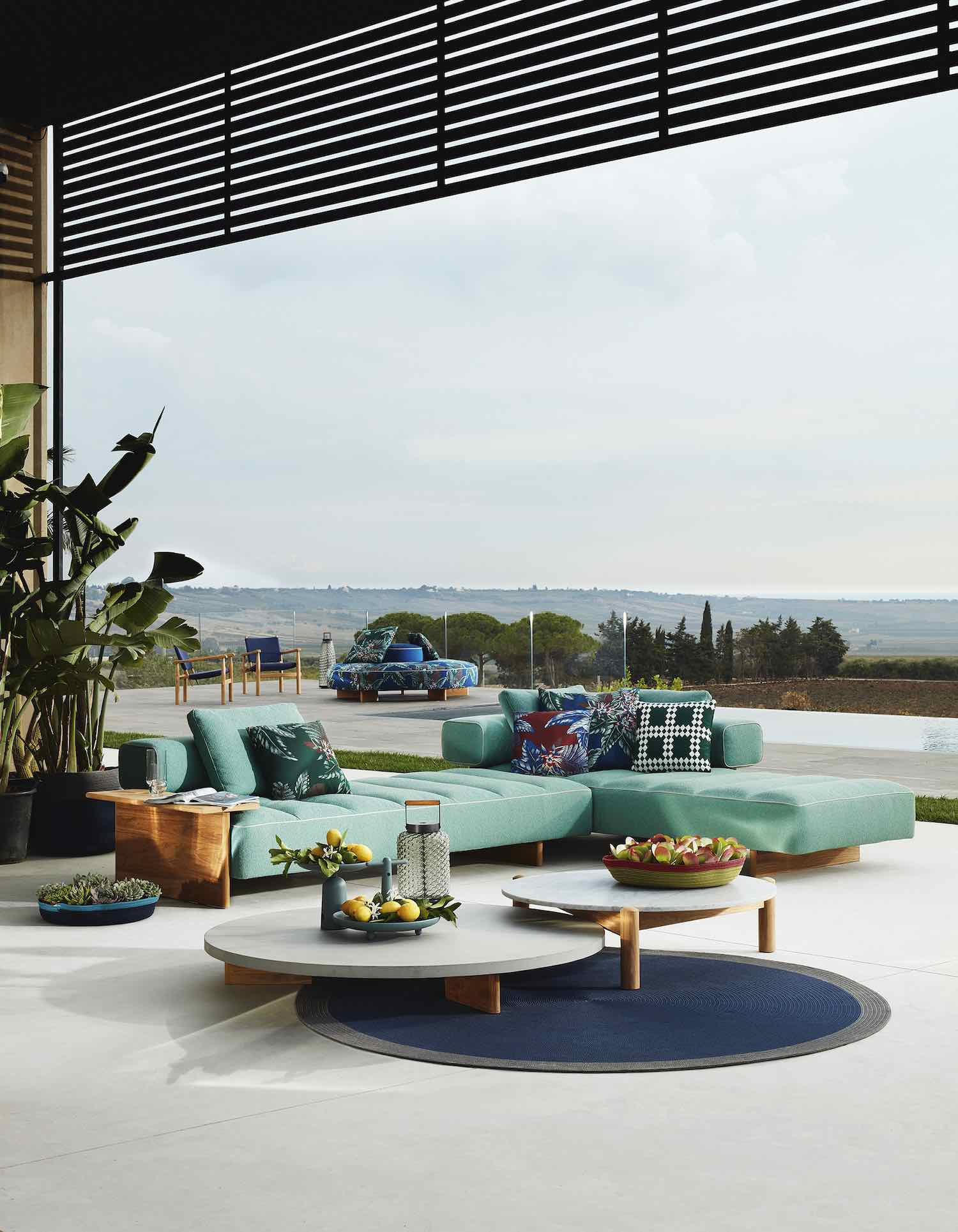 'The Cassina Perspective Goes Outdoor' collection - SAIL OUT by Rodolfo Dordoni - Photo by De Pasquale+Maffini.