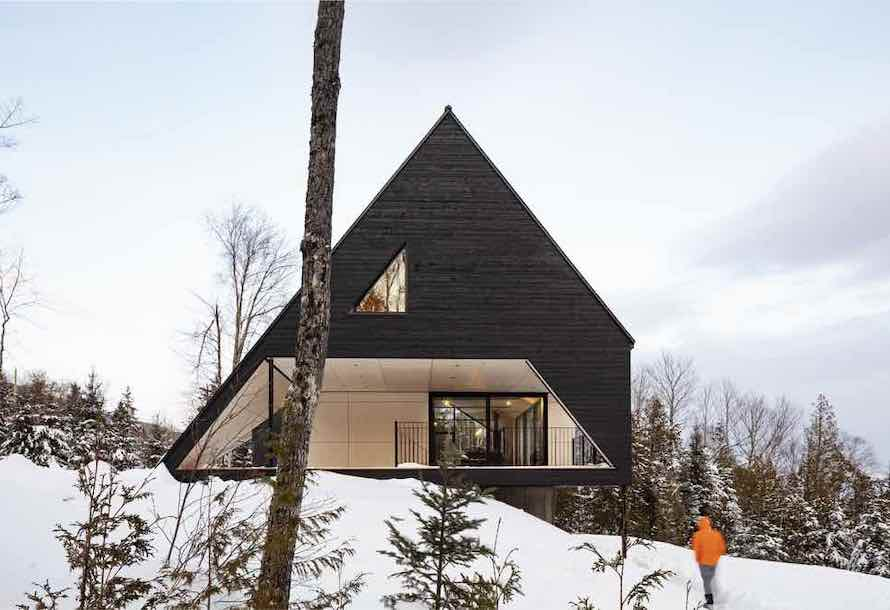 A-shaped cabin in Québec