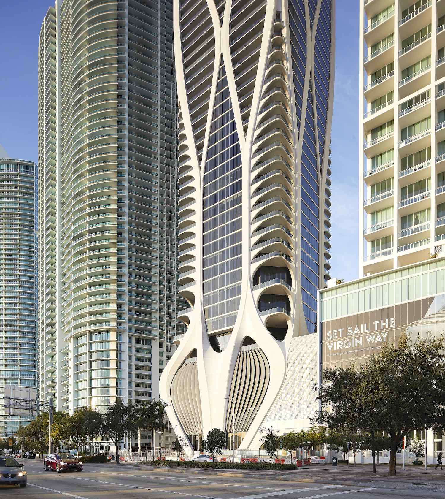 One Thousand Museum skyscraper by Zaha Hadid Architects in Miami - Photo ©Hufton+Crow.
