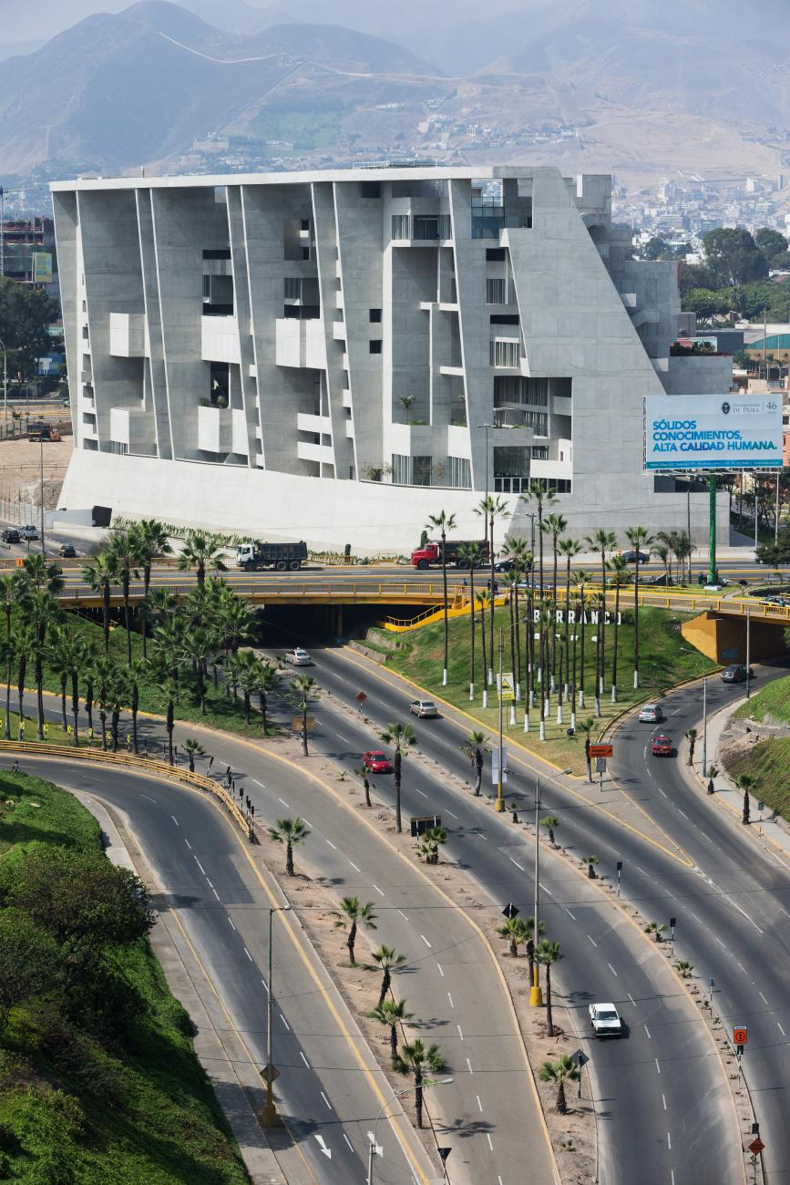 University Campus UTEC Lima by Grafton Architects, Peru (2015) - Photo: courtesy of Iwan Baan.