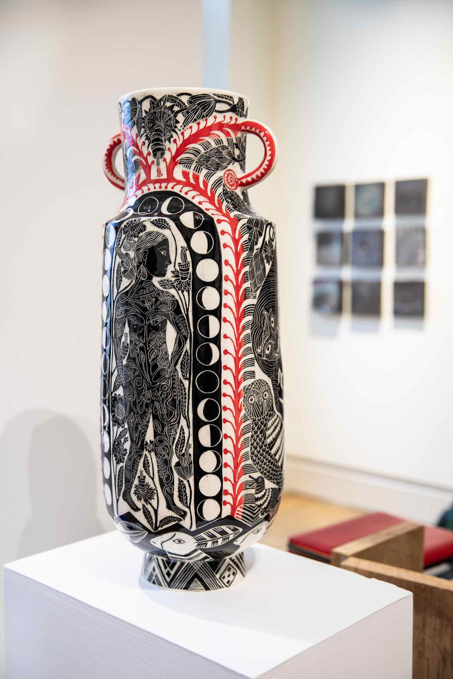 Vase by British ceramics artist Vicky Lindo - Winner of the 2019 British Ceramics Biennial (BCB) Headlining Exhibition Award - Photo by Iona Wolff; courtesy of Collect2020.