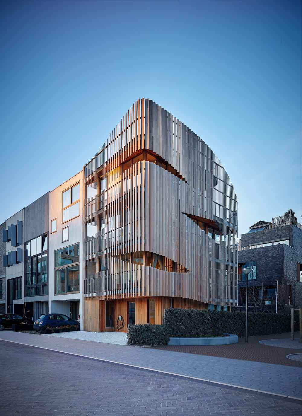 Freebooter building by GG-Loop in Amsterdam - Photo by Michael Sieber.