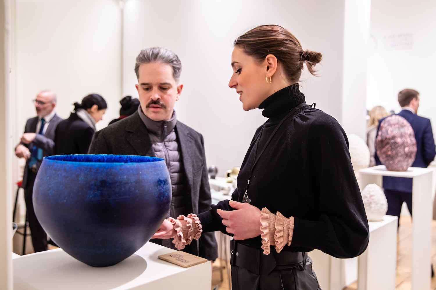 Growing craft trends @ Collect 2020: visitors viewing work by Yoshiaki Kojiro, ESH Gallery - Photo by Iona Wolff.