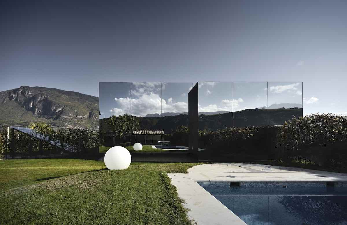 MIRROR HOUSES by Peter Pichler Architecture - Photo by Oscar da Riz, courtesy of Peter Pichler Architecture.