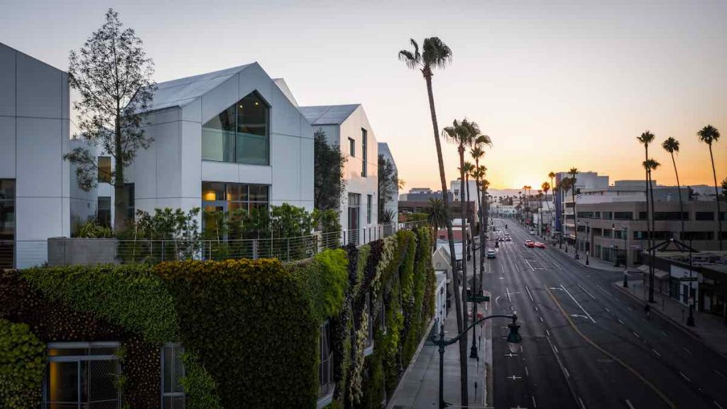 Gardenhouse residential building by MAD Architects in Beverly Hills - Photo by Darren Bradley