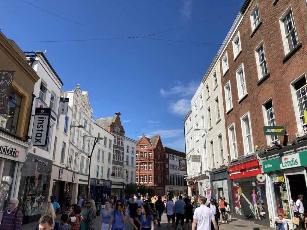 Grafton Street, Dublin - Photo by Archipanic