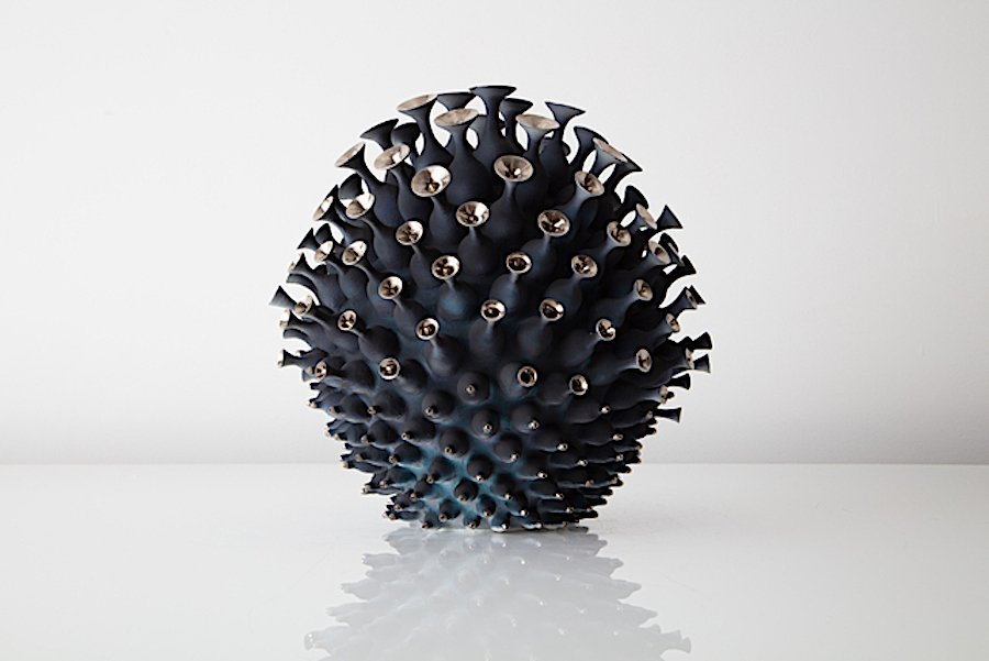 COLLECT 2021 - Hostler Burrows - Eva Zathraeus - Indigo Platelett Cluster, 2020 - Courtesy of Collect.