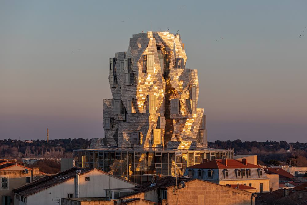 Luma Arles tower by Frank Gehry - Photo by ©Adrian Deweerdt.