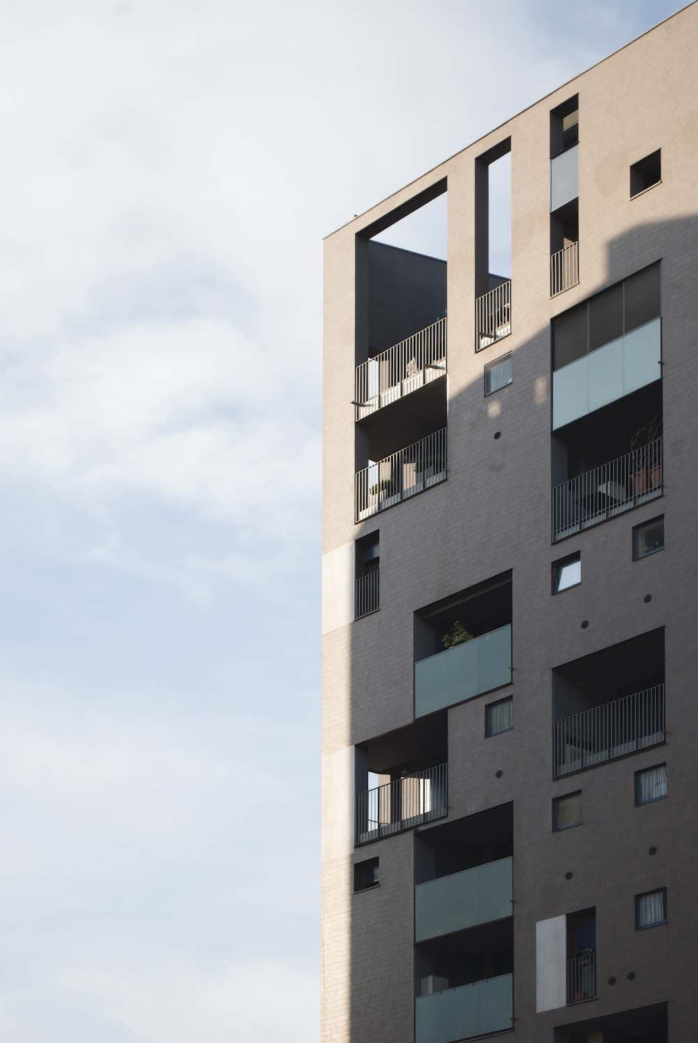 Residential buildings by Cino Zucchi Architects in Portello - Courtesy of Alpha District.