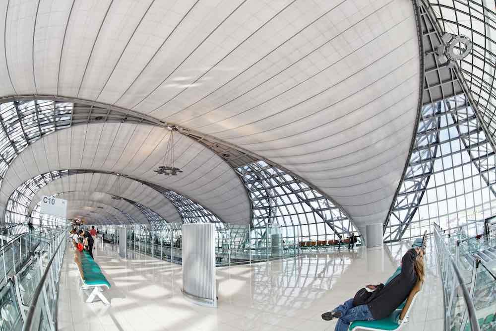 Suvarnabhumi Airport by Helmut Jahn, Bangkok, 2006 - Photo by Dennis Wong