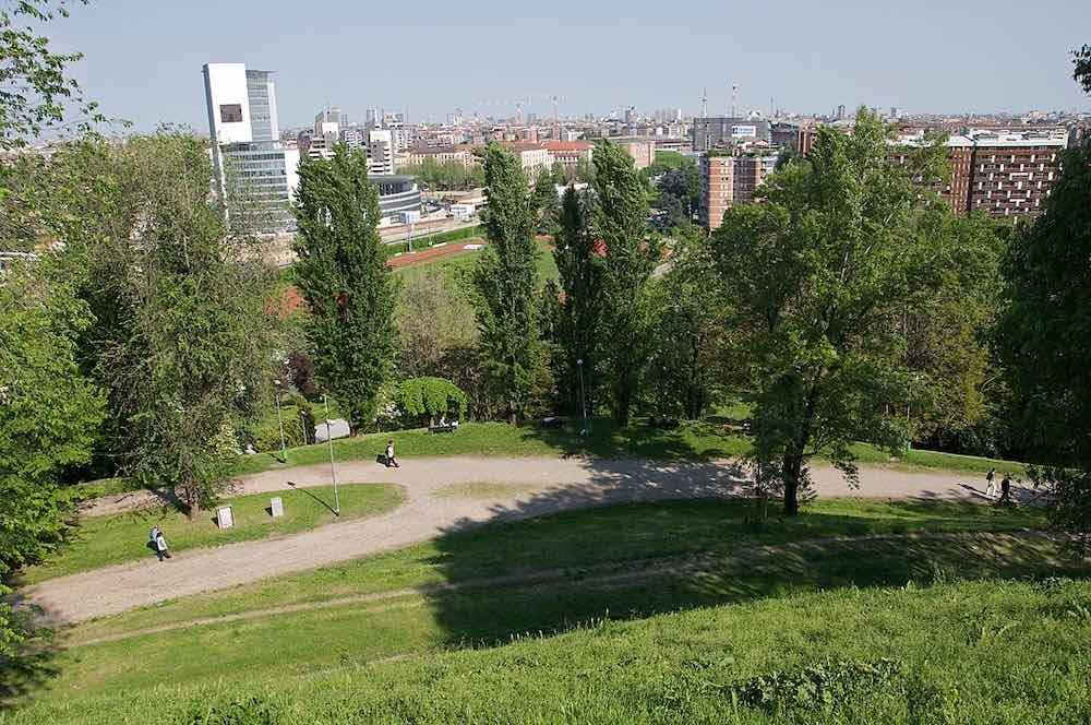 View from Monte Stella, Milan - Wikimedia