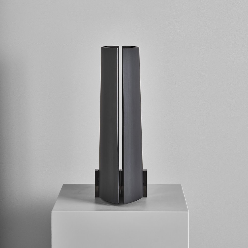 A FLAME FOR RESEARCH - Focus candleholder by Panter & Tourron - Photo by Matteo Imbriani.