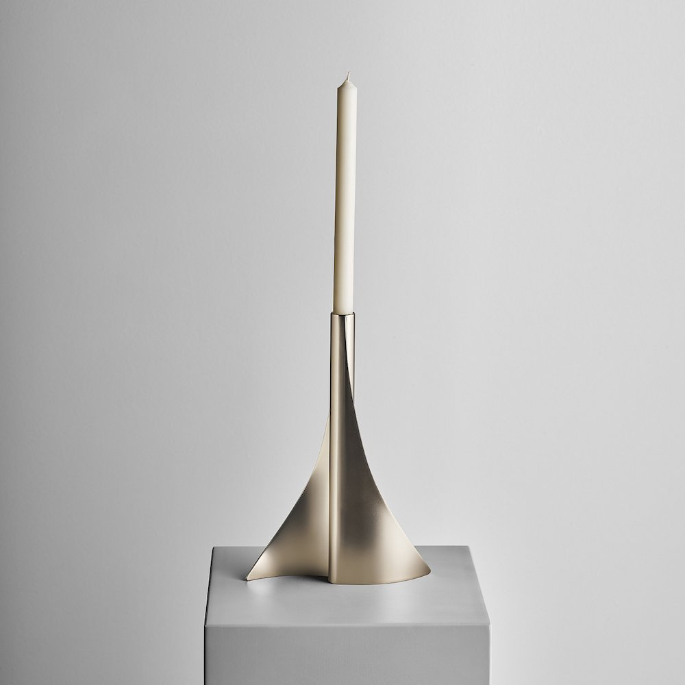 A FLAME FOR RESEARCH - Incontro candleholder by Alberto and Francesco Meda - Photo by Matteo Imbriani