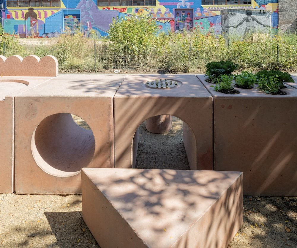 THE GARDEN TABLE by Studio Ossidiana @ Chicago Architecture Biennial 2021 - Photo by Nathan Keay