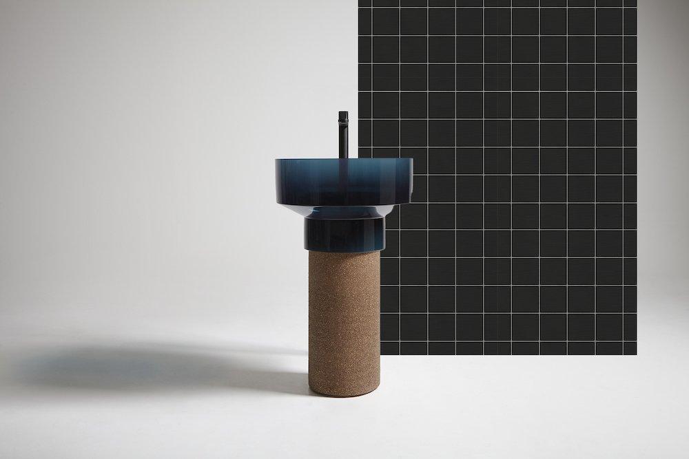 BORGHI freestanding washbasing by Gumdesign x Antoniolupi - Photo by Antoniolupi.